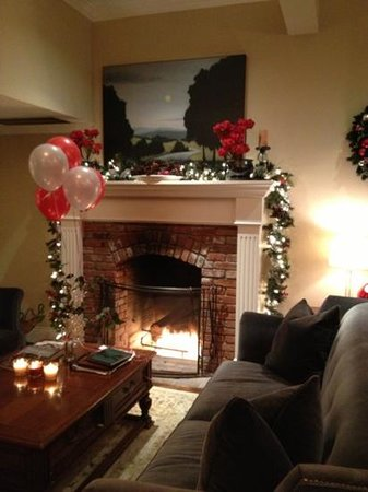 The Gables Inn Sausalito: The Fireplace this Christmas 2012