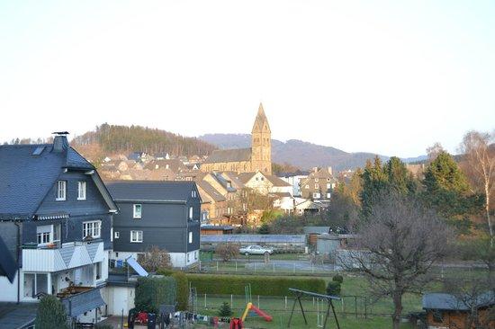 Parkhotel Olsberg: Uitzicht van ons balcon