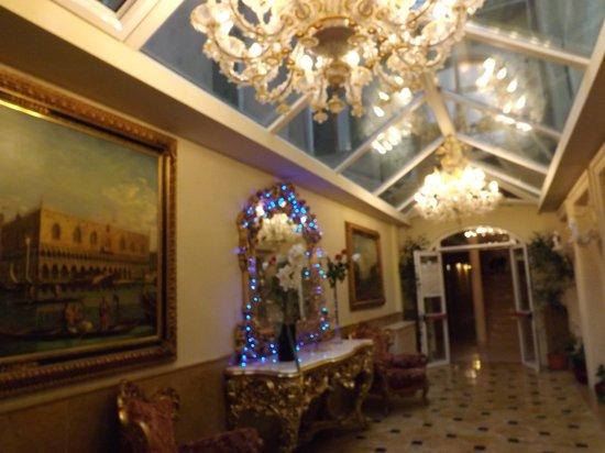 Hotel Belle Epoque: lobby