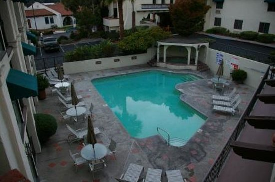 BEST WESTERN PLUS Royal Oak Hotel: Pool