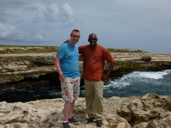 Luxury Safari Antigua: Andy and Elmo at Devils Bridge
