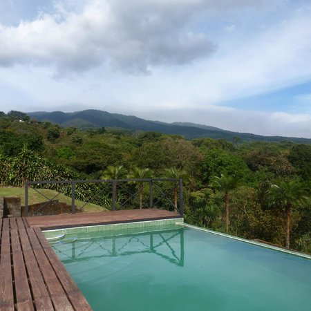 Hotel Mango Valley: view and pool