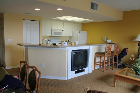 Holiday Inn Club Vacations At Orange Lake Resort: Kitchen
