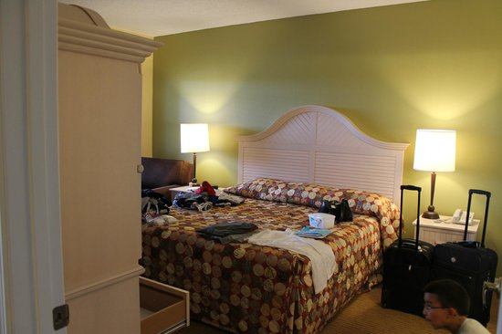 Holiday Inn Club Vacations At Orange Lake Resort: Master Bedroom