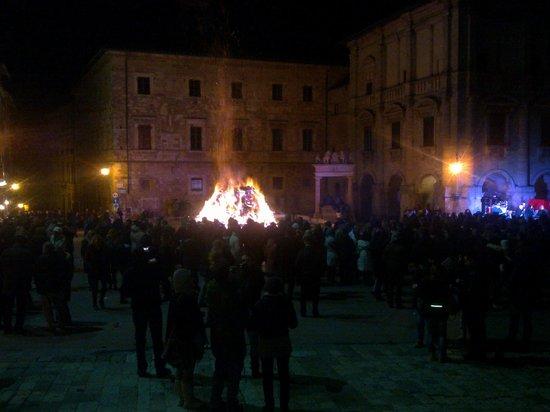 Agriturismo il Palazzo dei Diavoli: The new year in Montepulciano