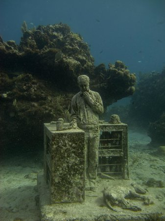 Mia Reef Isla Mujeres: Snorkeling with Mundaca Divers