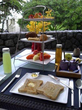 Aleenta Phuket Resort & Spa: Breakfast!