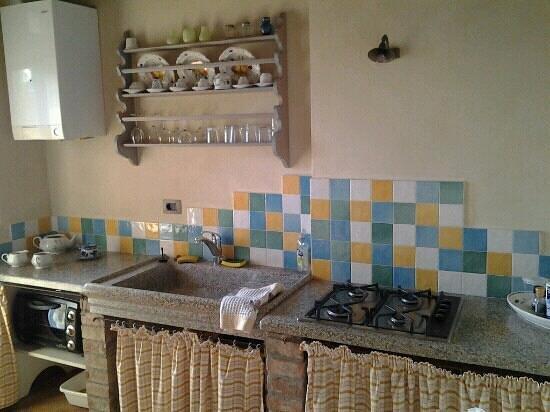 Palazzo a Merse B&B: cucina tinaio