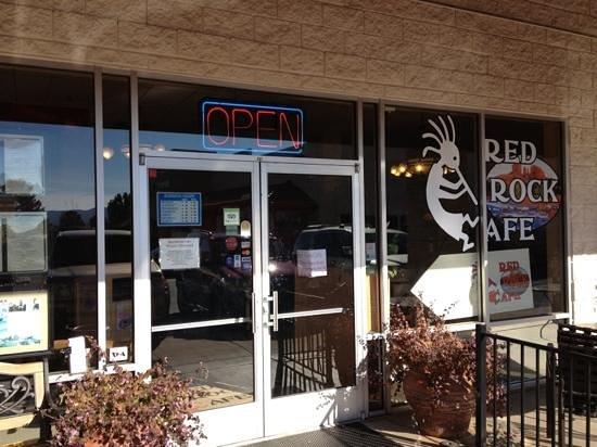 Red Rock Cafe: Front of restaurant