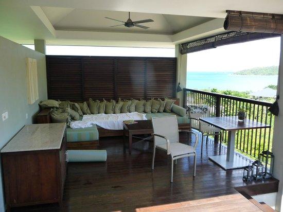 Raffles Seychelles: A coté de la piscine de la chambre