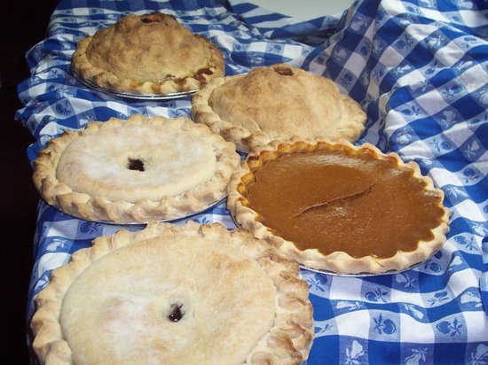 Rosebud's Cafe: Fuji Apple, Berry and PUmpkin pies