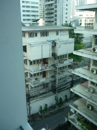 Citrus Sukhumvit 13 by Compass Hospitality: Sorry, here is not the beachview room