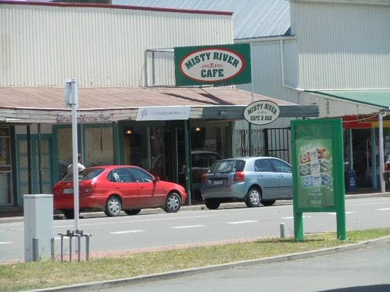 Misty River Cafe: Great food in tiny Waipawa.