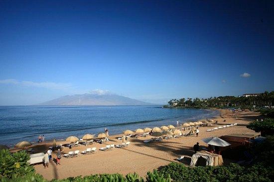 Four Seasons Resort Maui at Wailea: Beach