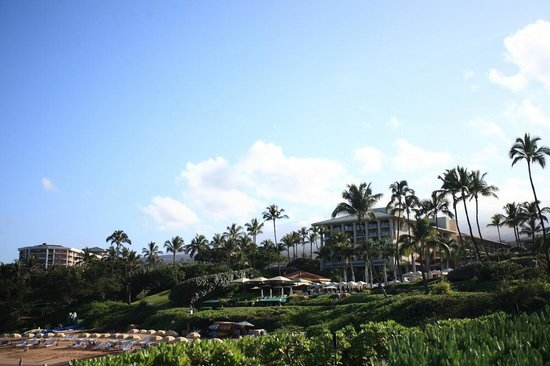 Four Seasons Resort Maui at Wailea: View from the beach