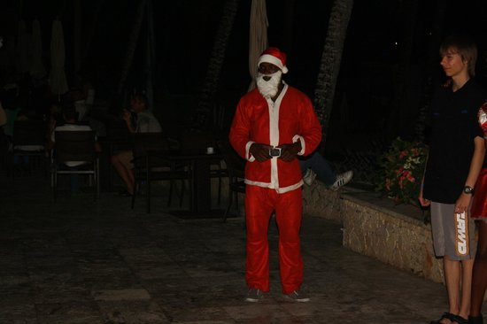 Viva Wyndham Dominicus Beach: Santa Clause
