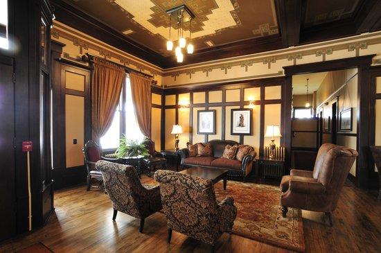 Sacajawea Hotel: Lobby area
