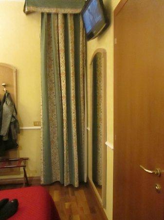 Hotel Santa Costanza: Zimmer