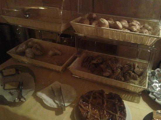 Hotel Continental Venice: bread/sweet