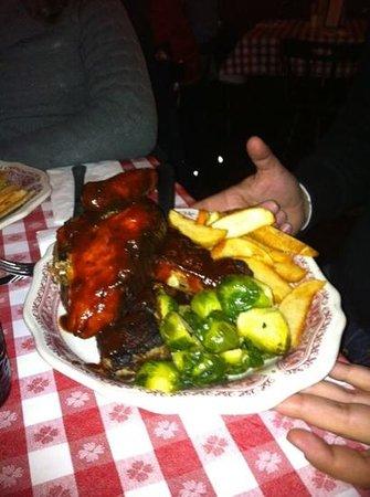 Little Annie's Eating House: Costillas...