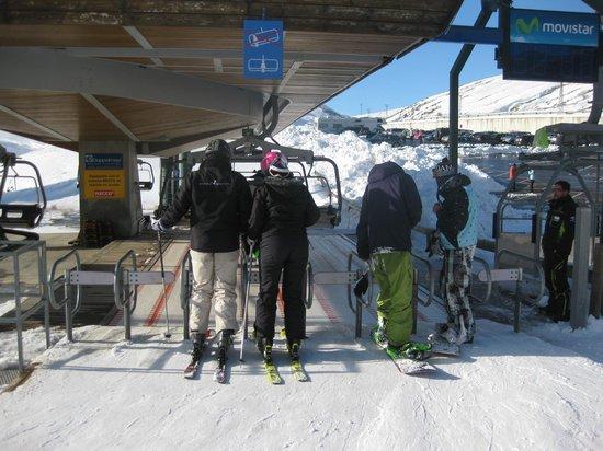Estación de esquí Formigal-Panticosa: Approaching the lift