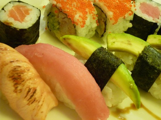 Elysium Hotel: Sushi from O'Shin via room service