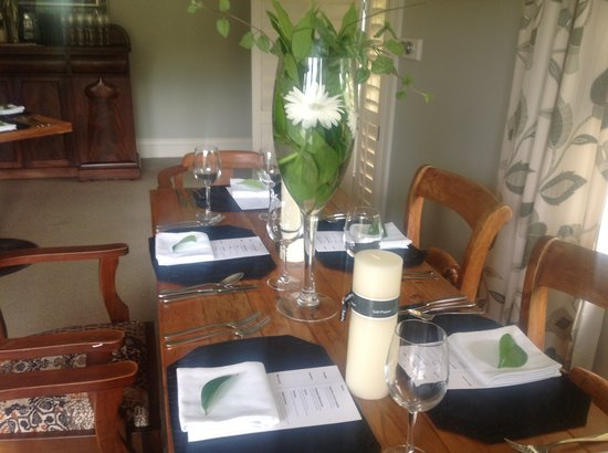 Kippilaw House: Dinner setting or a wedding party table setting