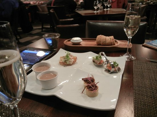 Catch Dining Room Upstairs: Chef's Sample Platter (appetizer)