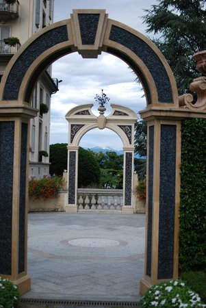 Grand Hotel Des Iles Borromees: Grounds