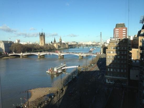 Park Plaza Riverbank London: view from my room