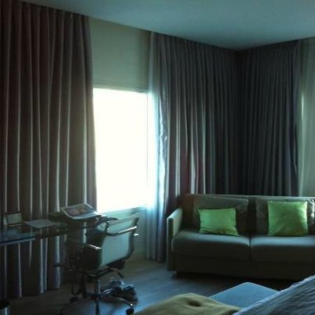 Crowne Plaza Tel Aviv City Center: Hotel room