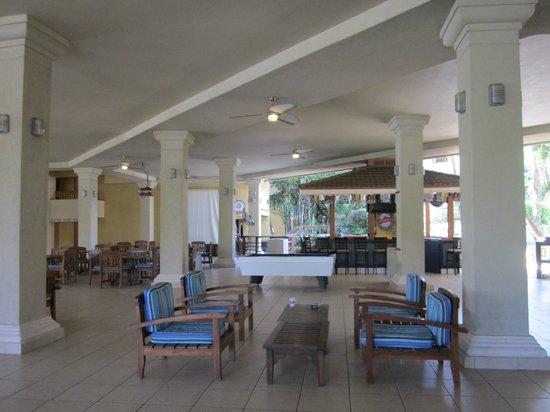 تريجر أيلاند ريزورت: Hotel Lobby 