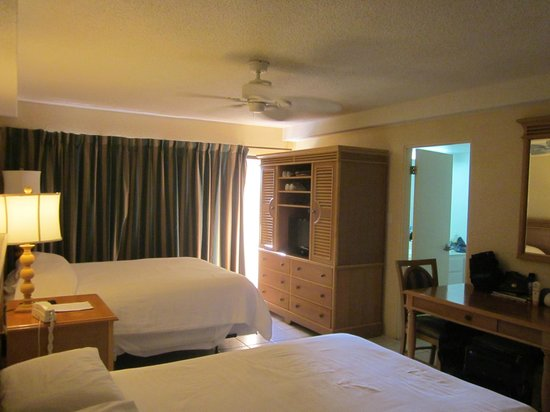 Treasure Island Resort: Room