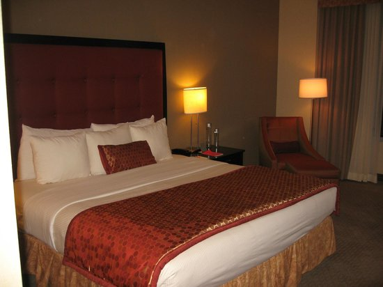 Kinzie Hotel: Amalfi Hotel