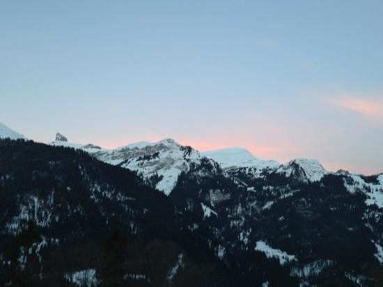 Hotel Edelweiss: view of the sunrise from our balcony!