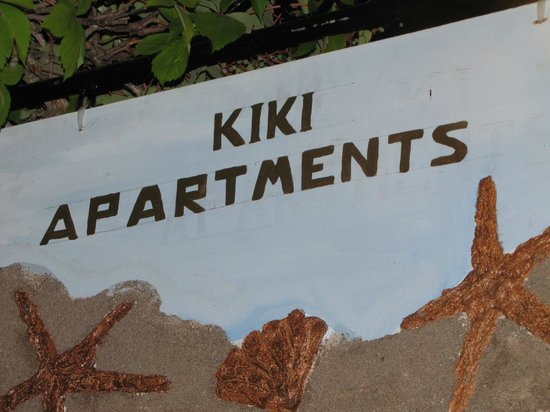 Kiki Apartments: cartel en la puerta