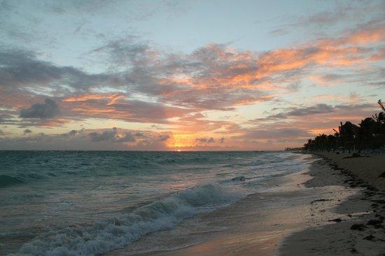 Hotel Riu Palace Punta Cana: Sunrise