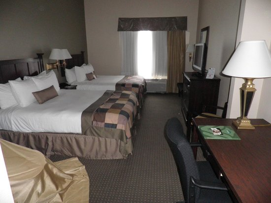 Wingate by Wyndham Peoria: Room 114
