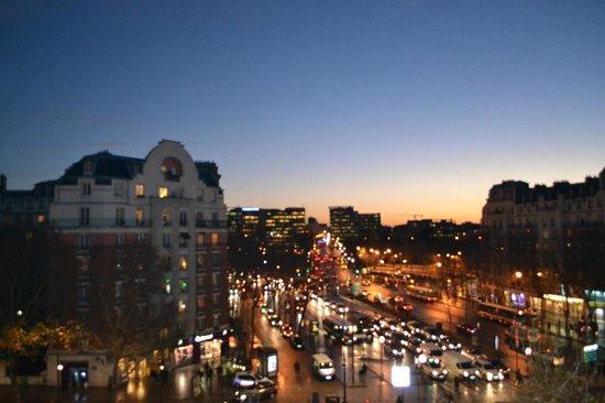 La vista desde nuestra habitación - Picture of Ideal Hotel design ...