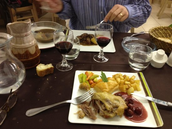 Le Relays du Chasteau: An Exceptional Dinner