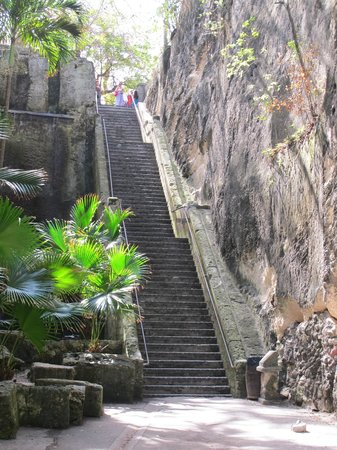 The 66 Steps Of The Queen S Staircase Picture Of Queen S