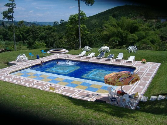 Colombia: Pool at the Eco Hotel 2km from town on the Alto Cauca road
