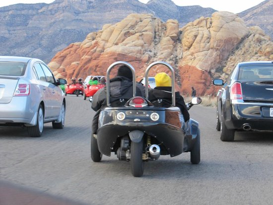 Scoot City Tours: On the way to Red Rock Canyon
