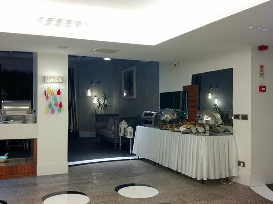 Biz Cevahir Hotel: Breakfast Room