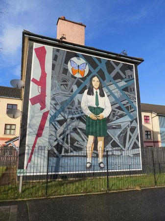 Republican Murals: Girl In School Uniform