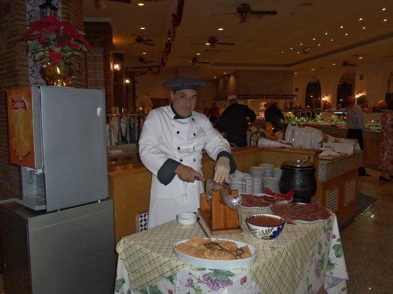 Hotel Riu Monica: Dining room
