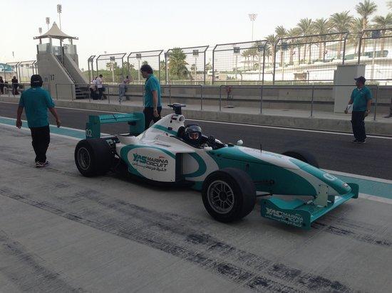 Yas Marina Circuit: Formula Yas driving experience