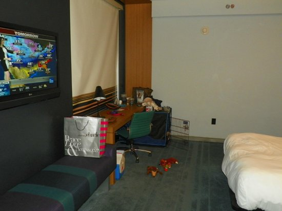 Aloft Arundel Mills: Larger Double Queen Room