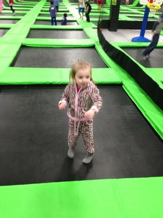 Mounds View, MN: bounce fun