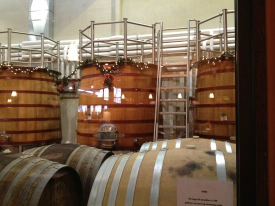 Tablas Creek Vineyard: eco-friendly wine barrels at Tablas Creek